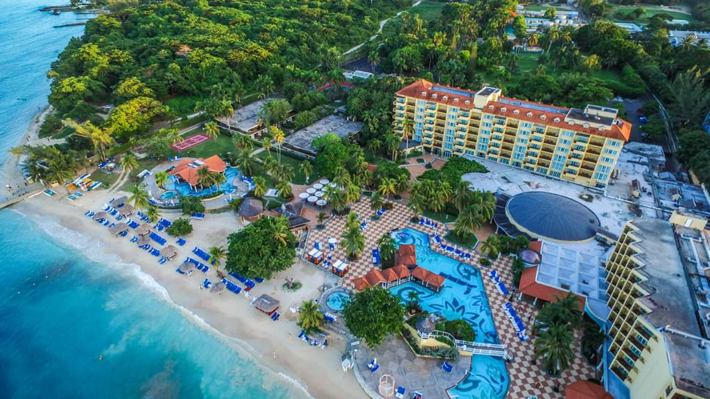 Jewel Dunns River Beach Resort Spa Curio Collection By